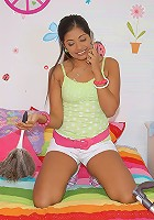 Watch 18 yo teen get her tight box pounded aftter materbating on the phone