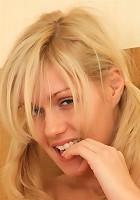 Attractive blonde hottie