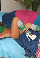 Legspreading Teen Girl!