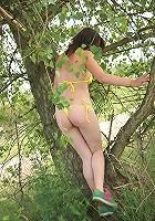 Bikini wearing chick