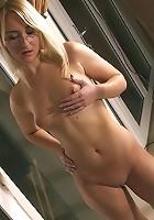 Blonde pleasuring